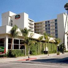 Courtyard Long Beach in Long Beach