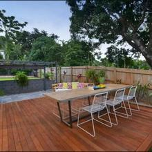 Crazy About Cairns Lifestyle - 5 Bedrooms in Cairns
