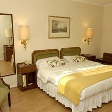 Croft Hotel in Egerton