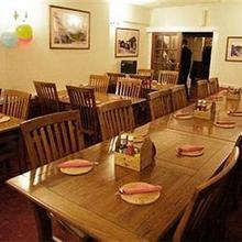Crossways Inn in Dunball