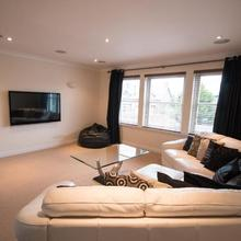 Crown Luxury Serviced Apartment in Inverness