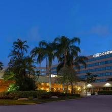 Crowne Plaza Miami Airport in Miami Lakes