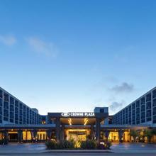 Crowne Plaza Redondo Beach And Marina in Torrance