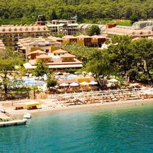 Crystal Aura Beach Resort & Spa in Kemer