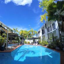 Crystal Garden Resort & Restaurant in Cairns