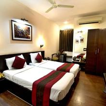 Crystal Inn in Agra
