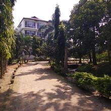 D Courtyard Resort in Kaziranga