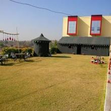 D Love Birds Resort in Nathdwara