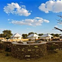 Damodra Desert Camp in Dedha