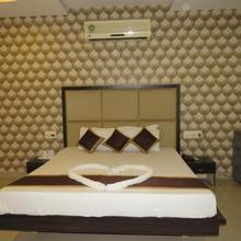 Dariyalal Hotel in Morbi