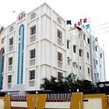 Darshan Executive Hotel in Tuljapur