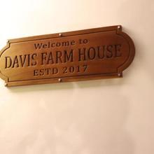 Davis Farm House in Kanthalloor