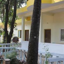 Days Guest House in Guirim