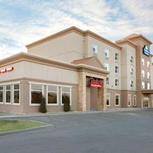 Days Inn & Suites By Wyndham Edmonton Airport in Edmonton