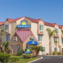 Days Inn By Wyndham Carlsbad in Oceanside