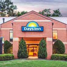 Days Inn By Wyndham College Park/atlanta /airport South in Atlanta
