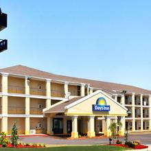 Days Inn By Wyndham Oklahoma City/moore in Oklahoma City