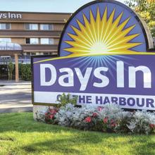 Days Inn By Wyndham Victoria On The Harbour in Esquimalt