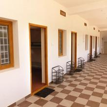 Dee Dee Ladies Hostel in Chettipalaiyam