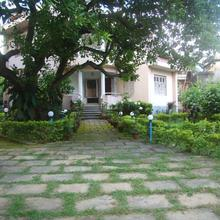 Deer Park Eco Home in Shantiniketan