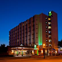Holiday Inn Sydney - Waterfront in Sydney