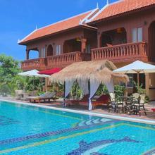 Delux Villa in Batdambang