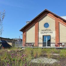 Depot 195 - Hostel Winterthur in Altikon