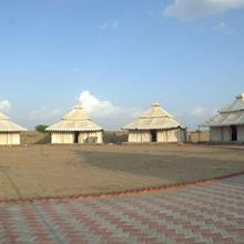 Desert Springs Resort in Dedha