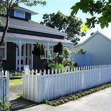 Designer Cottage in Christchurch
