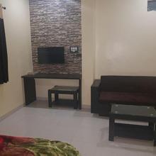 Dhan Laxmi Inn in Parbhani