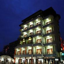 Dinasty Hotel in Tirana