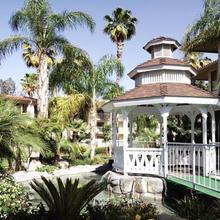 Doubletree By Hilton Bakersfield in Bakersfield