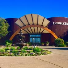 Doubletree By Hilton Hotel & Spa Napa Valley - American Canyon in Vallejo