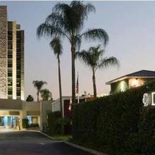 Doubletree By Hilton Monrovia - Pasadena Area in Jahrom