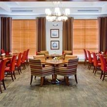 DoubleTree by Hilton Raleigh-Cary in Tysonville