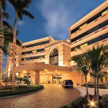 Doubletree By Hilton West Palm Beach Airport in West Palm Beach