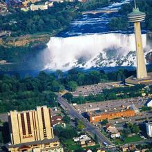 Doubletree Fallsview Resort & Spa By Hilton - Niagara Falls in Niagara Falls