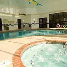DoubleTree Suites by Hilton Bentonville in Fayetteville