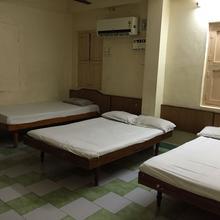 Drr Lodge in Tirupati