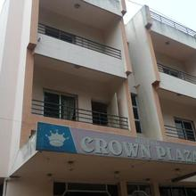 Hotel Crown Plaza in Karmad