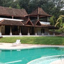 Duke's Forest Lodge in Parattipalli