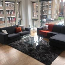 Duplex 2 Bed 2 Bath Apartment Nr Shoreditch in London