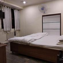 Dwivedi Hotels Palace On Steps in Varanasi