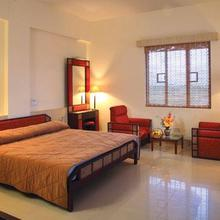 Eastend Airport Suites in Angamali