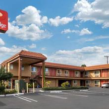Econo Lodge Carson Near Stubhub Center in San Pedro