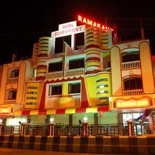 Hotel Ramakant in Satirje