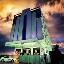 Effotel Hotel By Sayaji in Balrampur