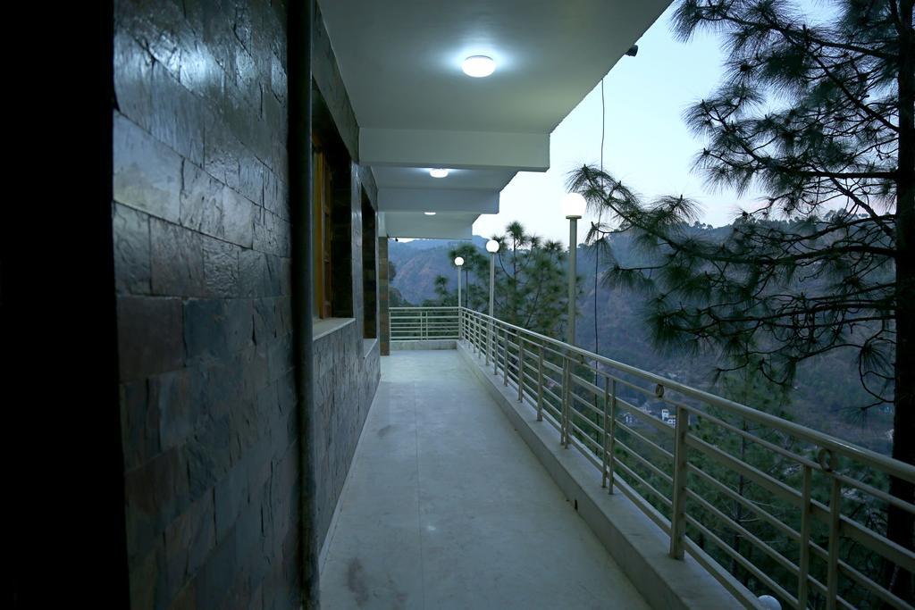 Ellays Dream Resort in Solan