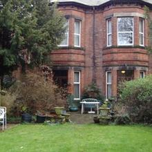 Elm Bank Lodge Guest House in Lowdham