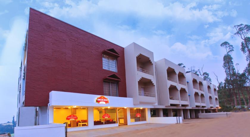 Emarald Hotel in Ooty